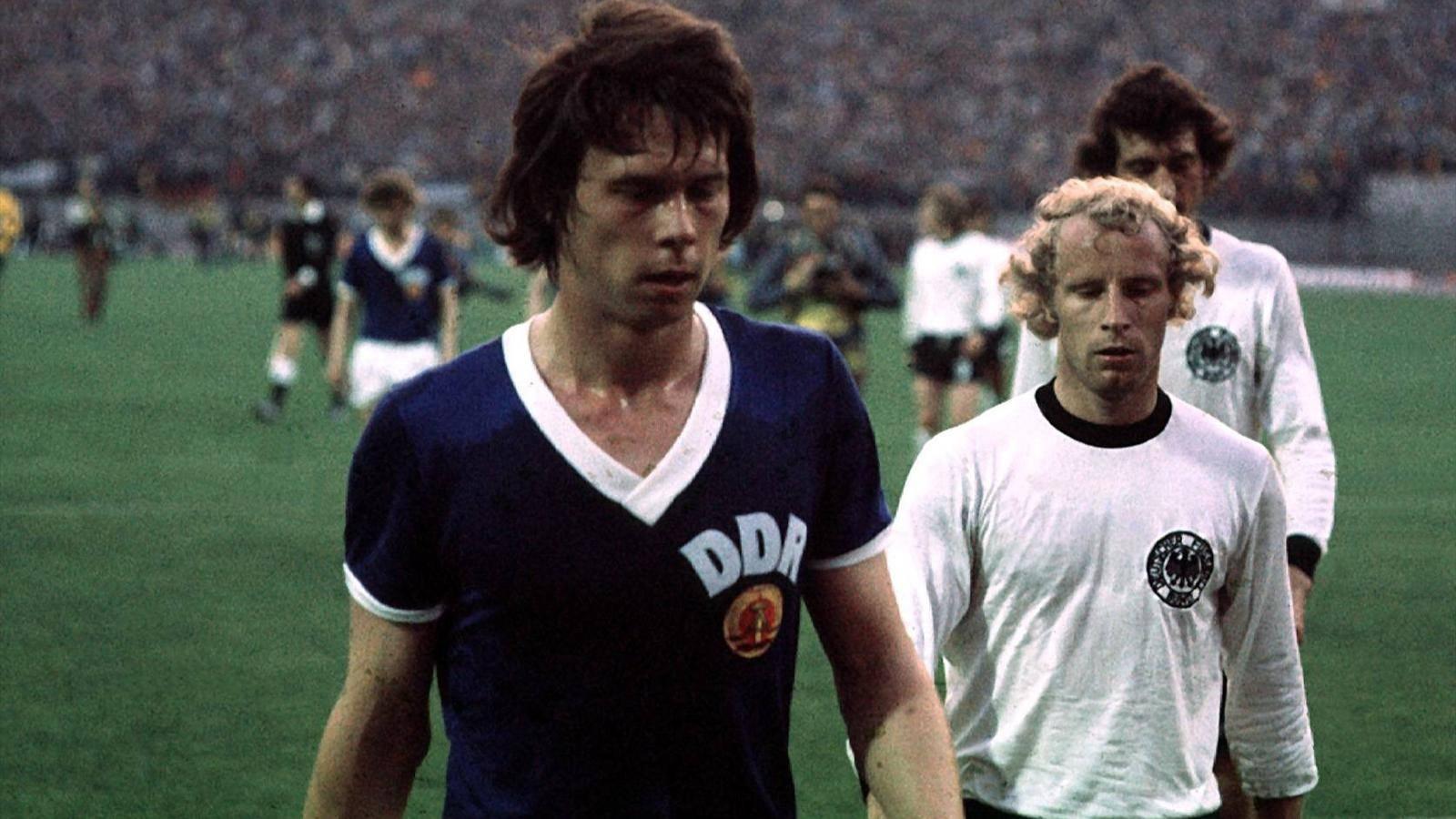 Jurgen Sparwasser e Berti Vogts a Monaco 74