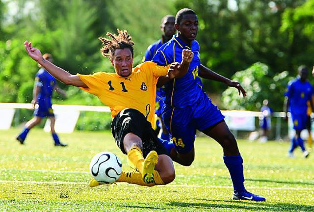 Una fase di Turks And Caicos - Bahamas 0-4 del luglio 2011