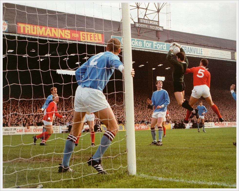 Manchester City vs Manchester United 1-2 del 30 Settembre 1967 a Maine Road