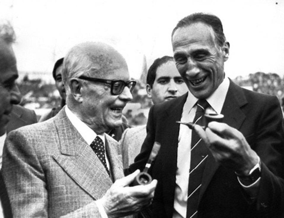 """Sandro Pertini e Enzo Bearzot, le """"pipe"""" più famose del secolo scorso"""