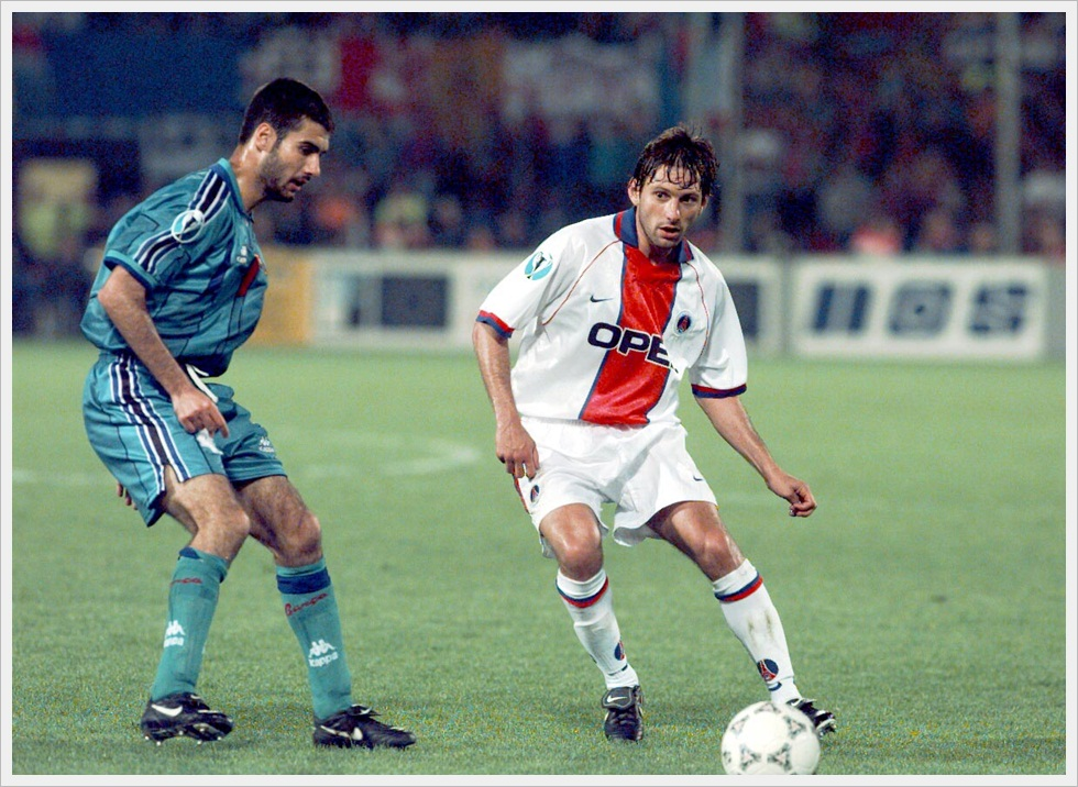 Guardiola e Leonardo in Barcellona-Paris St.Germain 1-0, finale di Coppa Coppe 1996/97