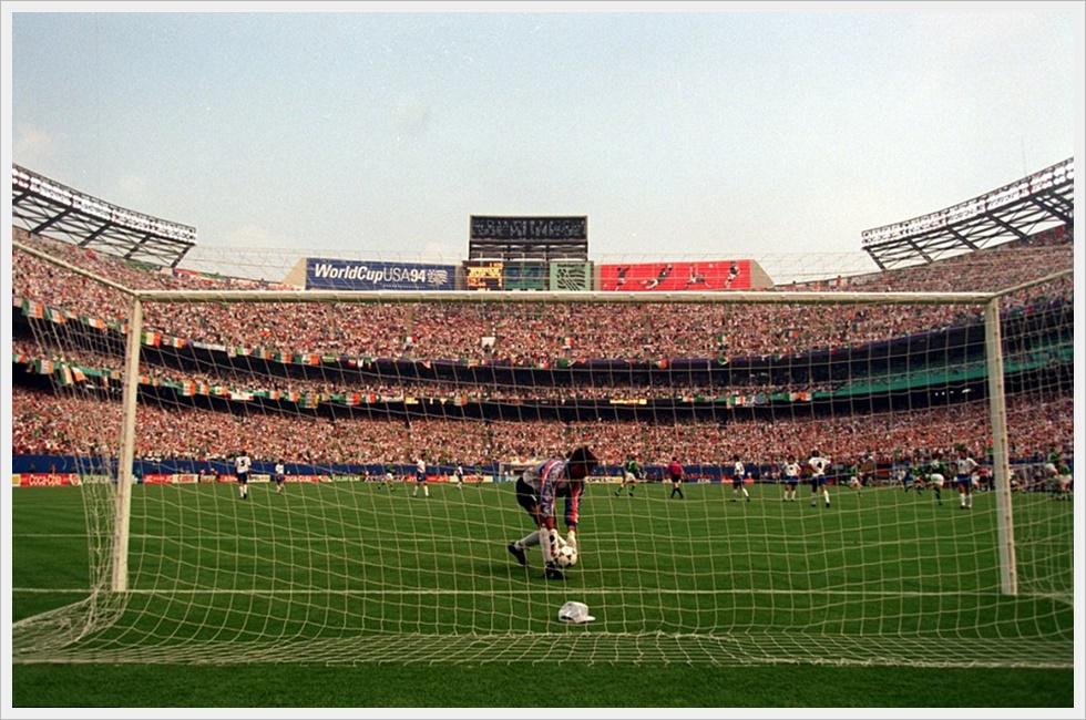 USA 1994, Irlanda-Italia 1-0: Houghton ha appena segnato, Pagliuca raccoglie il pallone