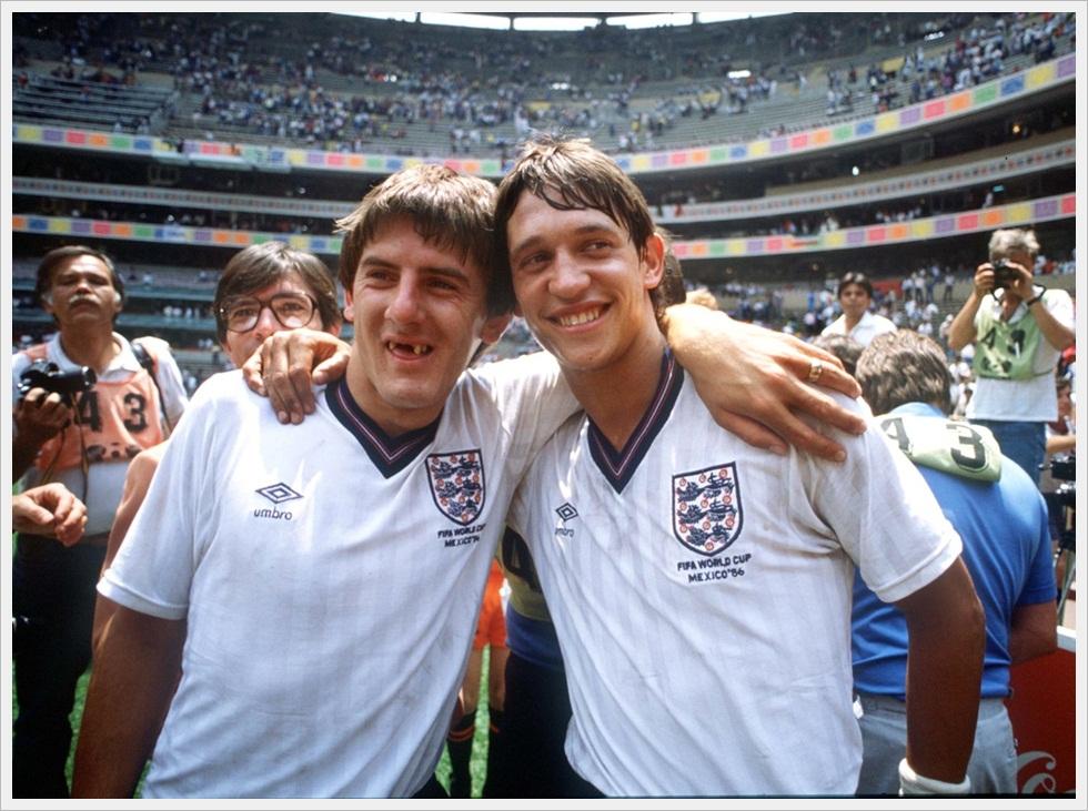 Messico 1986: Peter Beardsley e Gary Lineker dopo Inghilterra-Paraguay 3-0