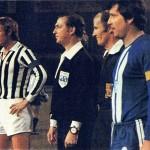 Juventus – Magdeburgo 1-0, quarto di finale di ritorno Coppa Uefa 1976-77, i due capitani prima della partita