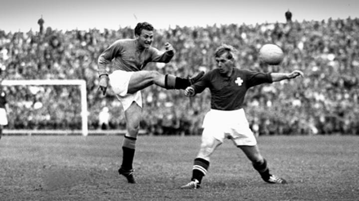 """1954 – Boniperti: """"Colpa di un arbitro brasiliano"""""""