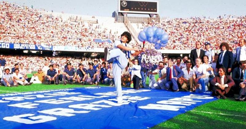 maradona-arrivo-napoli-1984-wp1