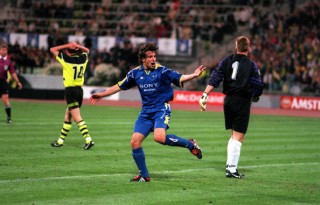 Football. UEFA Champions League Final. Munich, Germany. 28th May 1997. Borussia Dortmund 3 v Juventus 1. Alessandro Del Piero of Juventus has scored their second half goal.