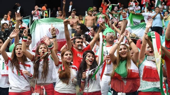 Iran: la rivoluzione del pallone