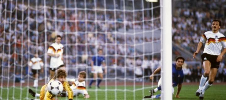 Italia-Germania Ovest 1-1: la rete di Mancini
