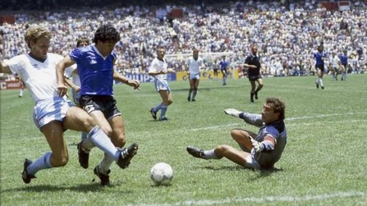 Quel gol di Maradona ed il mistero del calcio