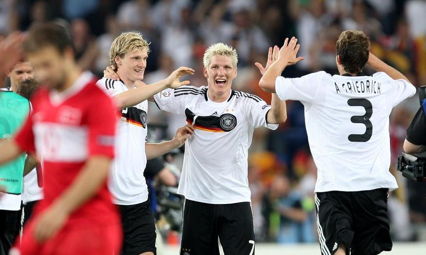 La Germania agguanta al 90' la finale. La Turchia, vera sorpresa dell'Europeo, esce a testa alta