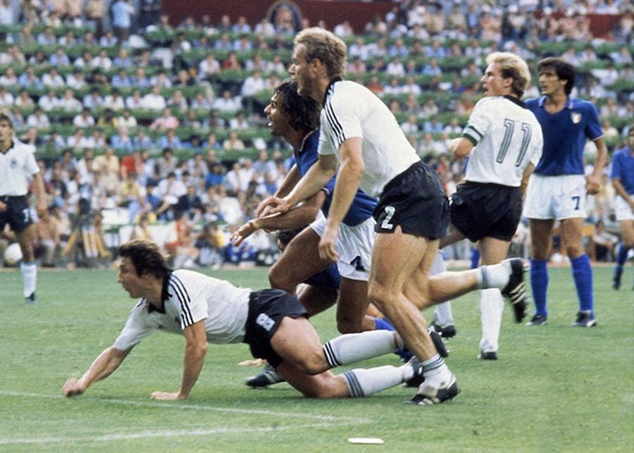 italia--1982-rassegne-wp1