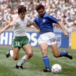 1986 World Cup Finals, Azteca Stadium, Mexico, 31st May 1986, Italy 1 v Bulgaria 1, Italy's Alessandro Altobelli battles for the ball with Bulgaria's Radoslav Zdravkov