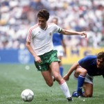 1986 World Cup Finals, Azteca Stadium, Mexico, 31st May 1986, Italy 1 v Bulgaria 1, Italy's Giuseppe Galderesi is beaten by Bulgaria's Gheorgi Dimitrov