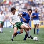 1986 World Cup Finals, Azteca Stadium, Mexico, 31st May 1986, Italy 1 v Bulgaria 1, Italy's Giuseppe Galderesi battles for the ball with Bulgaria's Gheoghi Dimitrov