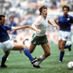 1986 World Cup Finals, Azteca Stadium, Mexico, 31st May, 1986, Italy 1 v Bulgaria 1, Italy's Gaetano Scirea fouls Bulgaria's Nasko Sirakov as he goes past him with the ball