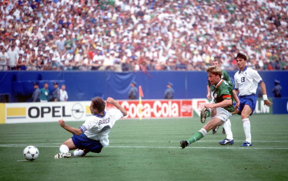 1994 World Cup Finals. New York, USA. 18th June 1994. Ireland 1 v Italy 0. Ireland's Andy Townsend shoots at goal