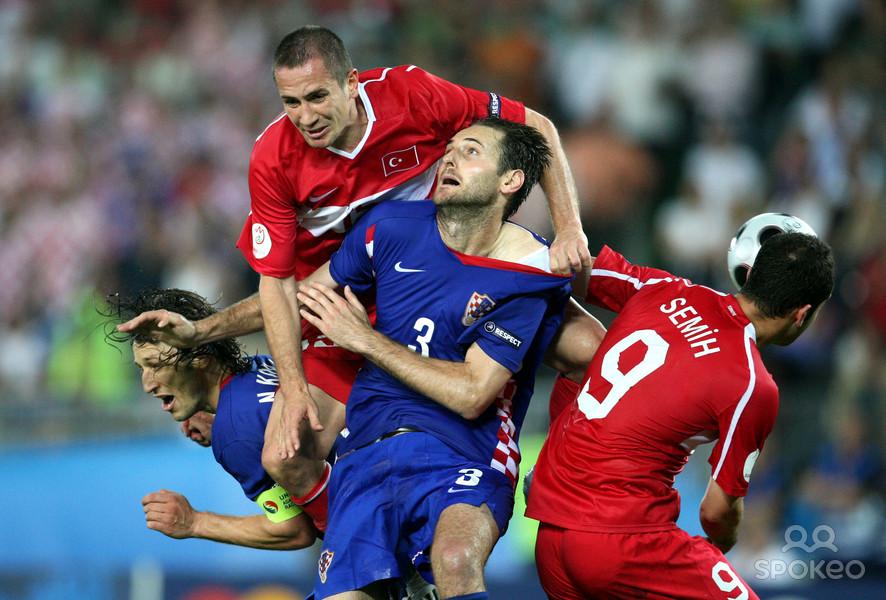 Pazzesca qualificazione della Turchia. In svantaggio al 119' contro la Croazia, recuper al 120' e vince ai rigori