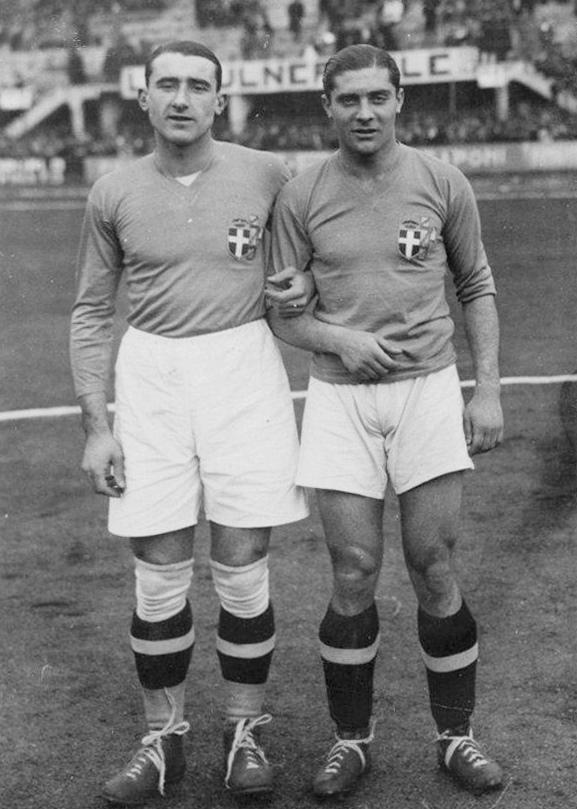 Schiavio e Meazza prima di Italia - Germania del 1933.