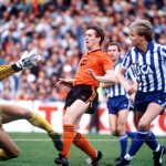 Football. UEFA Cup Final, Second Leg. Tannadice Park, Scotland. 20th May 1987. Dundee United 1 v IFK Gothenburg 1 (Gothenburg win 2-1 on aggregate). Dundee United's Billy Kirkwood causes problems for Gothenburg goalkeeper Thomas Wernersson and defender Ma