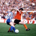 Football. UEFA Cup Final, Second Leg. Tannadice Park, Scotland. 20th May 1987. Dundee United 1 v IFK Gothenburg 1 (Gothenburg win 2-1 on aggregate). Gothenburg's Stefan Pettersson is challenged by Dundee United captain David Narey.