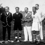 Stati Uniti-Belgio 3-0; i capitani Braine e Florie con l arbitro Macias al centro