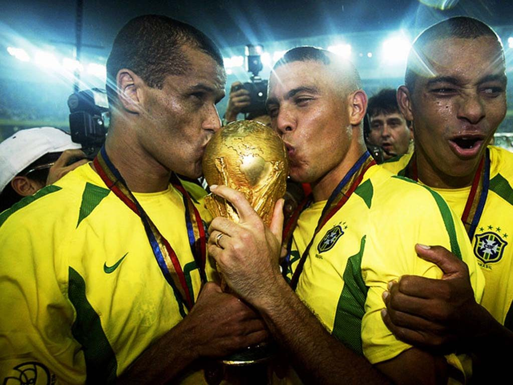 Football-Team-Brasil-2002-HD-Wallpaper1