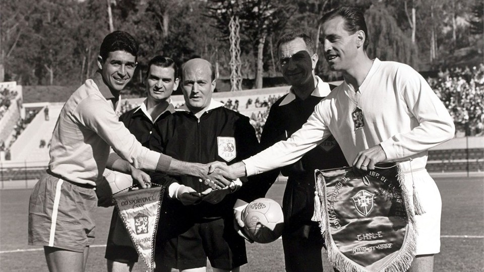 bra-czech-forme-1962-wp
