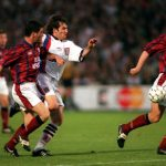 Football. UEFA Cup Final, Second Leg. France. 15th May 1996. Bordeaux 1 v Bayern Munich 3 (Bayern Munich win 5-1 on aggregate). Bayern Munich's Emil Kostadinov (centre) is challenged by Bordeaux defenders.