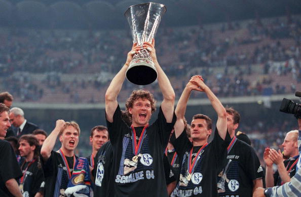 FUSSBALL: UEFA CUP Finale/INTER MAILAND