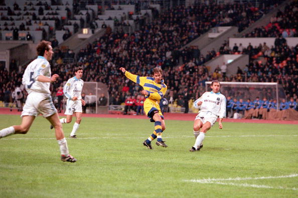 Football. 1999 UEFA Cup Final. Moscow. 12th May, 1999. Parma 3 v Marseille 0. Parma's Enrico Chiesa shoots to score their third goal.
