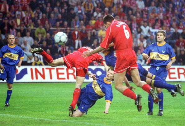 FUSSBALL: UEFA POKAL FINALE 2001, FC LIVERPOOL - CD ALAVES 5:4 n.V.