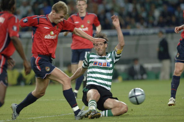 BT Sport, Football, UEFA Cup Final, Lisbon, 18th May 2005, Sporting Lisbon 1 v CSKA Moscow 3, Pedro Barbosa of Sporting Lisbon slides into a tackle
