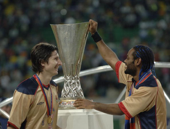 BT Sport, Football, UEFA Cup Final, Lisbon, 18th May 2005, Sporting Lisbon 1 v CSKA Moscow 3, Goalscorer for Moscow Vanger Love ( right) with team-mate Evgeny Aldonin with the trophy