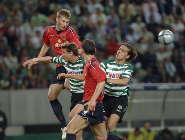 BT Sport, Football, UEFA Cup Final, Lisbon, 18th May 2005, Sporting Lisbon 1 v CSKA Moscow 3, Moscow's Vasiliy Berezutskiy (left) heads the ball clear