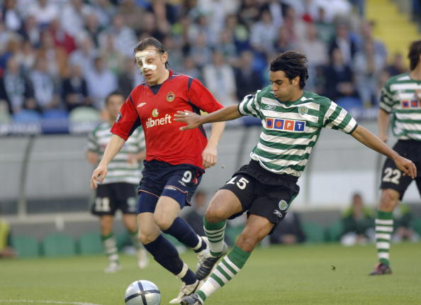 BT Sport, Football, UEFA Cup Final, Lisbon, 18th May 2005, Sporting Lisbon 1 v CSKA Moscow 3, Miguel Garcia of Sporting Lisbon with Ivica Olic of Moscow