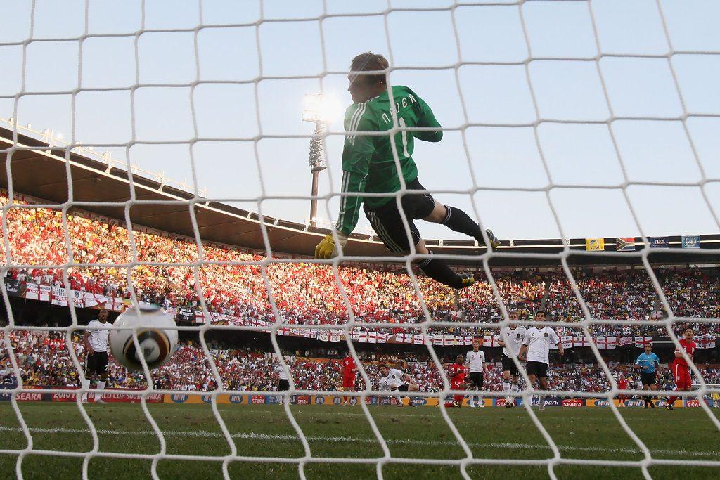 Germany+v+England+2010+FIFA+World+Cup+Round+rT0-tUfio16x