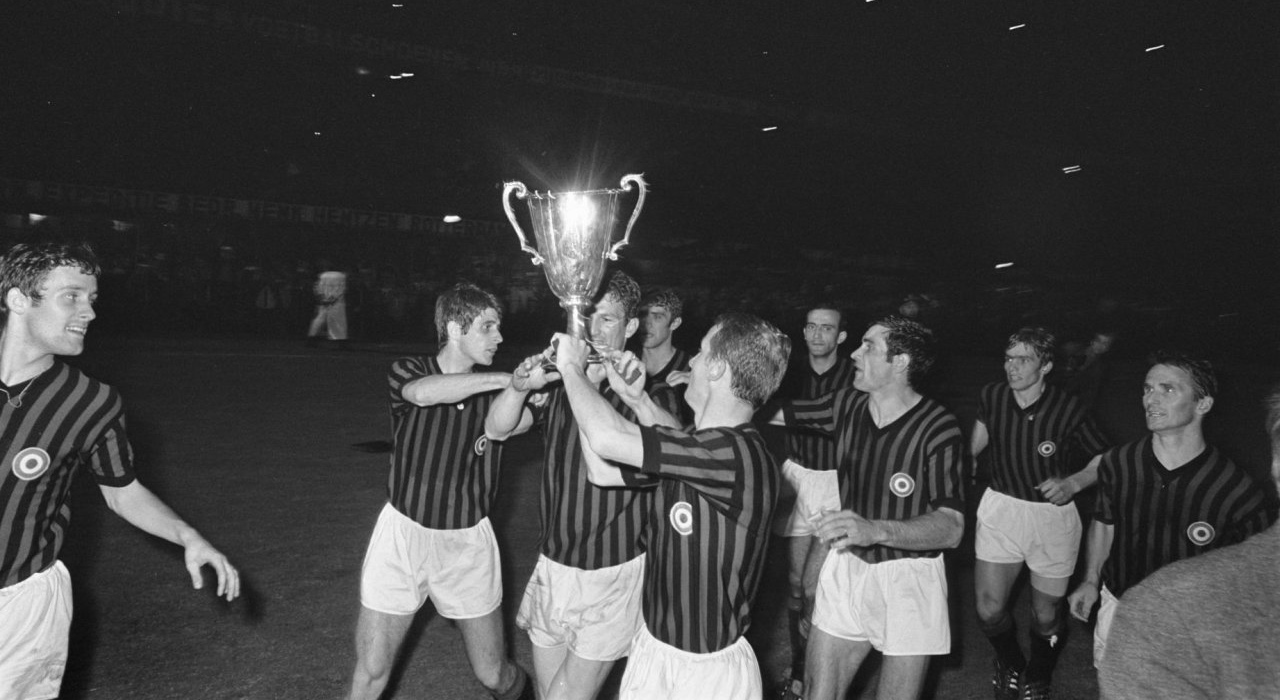 milan-coppa-coppe2-1967-68-wp