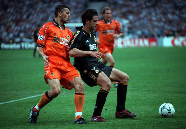 Football. UEFA Champions League Final. Paris, France. 24th May, 2000. Real Madrid 3 v Valencia 0. Real Madrid's Fernando Morientes is challenged for the ball by Valencia's Miroslav Djukic.