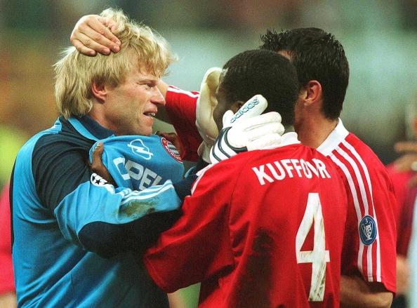 FUSSBALL: CL FINALE 2001, FC BAYERN MUENCHEN - FC VALENCIA 6:5 n.E.