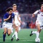 1990 World Cup Finals, Rome, Italy, 19th June, 1990, Italy 2 v Czechoslovakia 0, Italy's Robert Donadoni moves forward with the ball