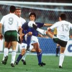 1990 World Cup Quarter Final. Rome, Italy. 30th June, 1990. Italy 1 v Republic Of Ireland 0. Republic Of Ireland's Andy Townsend battles for the ball with Italy's Fernando De Napoli.