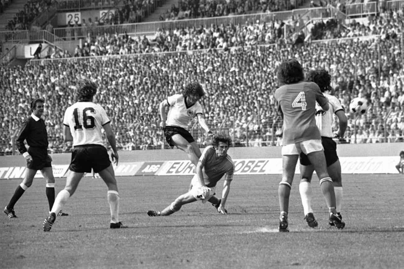 wchd-1974-germania-jugoslavia-breitner