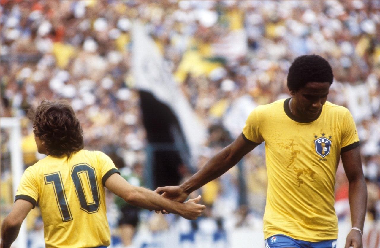 wchd-1982-zico-serginho