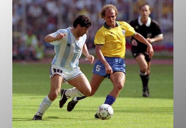 Argentina-Brasile 1-0; Maradona e Alemao