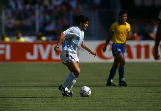 Argentina-Brasile 1-0; Maradona e sullo sfondo Careca