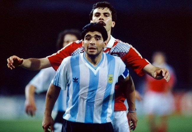 Argentina-URSS 2-0; Maradona marcato a vista