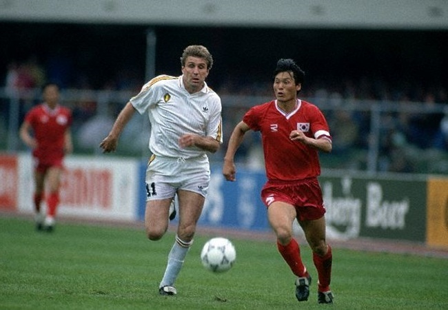 Belgio-Corea del Sud 2-0; Ceulemans e Chung Yong-Hwan