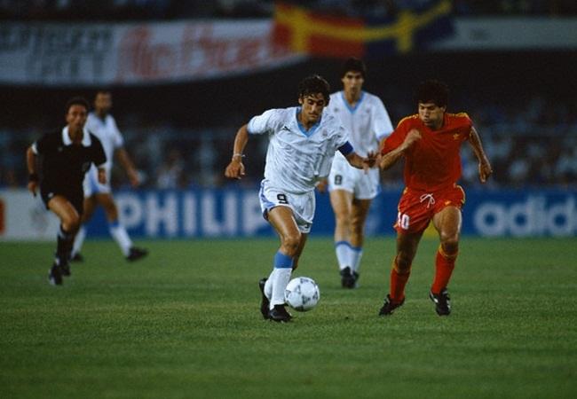 Belgio-Uruguay 3-1; Francescoli e Scifo