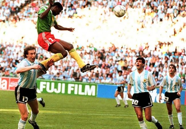 Camerun-Argentina 1-0; la rete di Oman Biyik